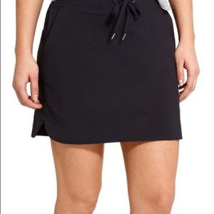 Athleta Midtown Black Work Out Mini Skort Size 8